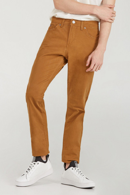 PANTALON SLIM UNICOLOR TIRO MEDIO