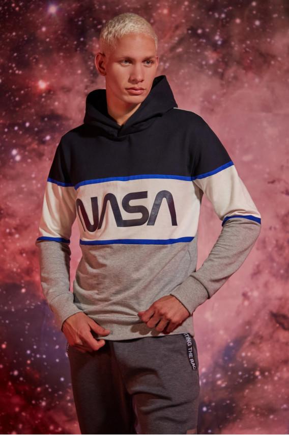 BUZO NASA TRICOLOR CON CAPOTA