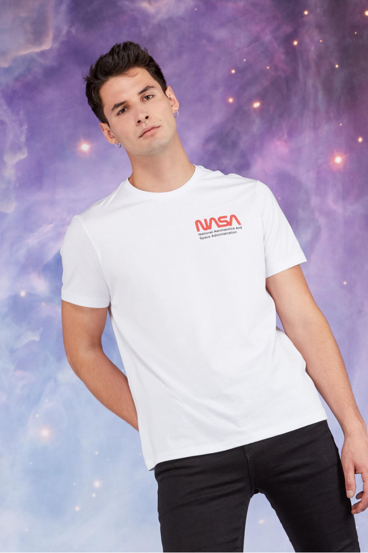 CAMISETA NASA CUELLO REDONDO