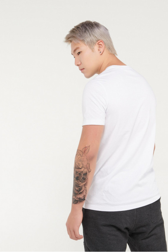 Camiseta manga corta cuello redondo con estampado frente