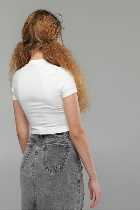 Camiseta estampada cuello redondo, manga corta