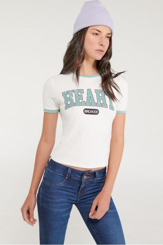 Camiseta cuello redondo, manga corta,puño en contraste, estampada