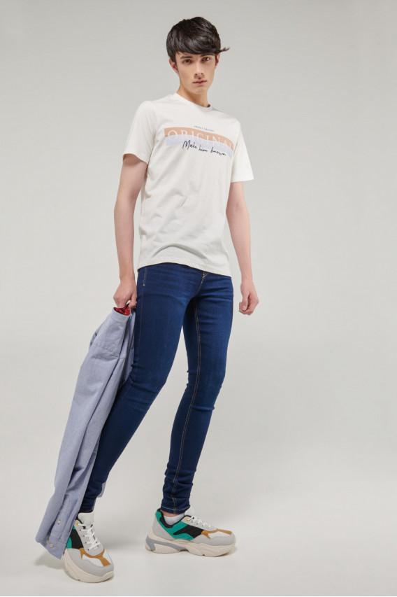 Camiseta manga corta con estampado en frente