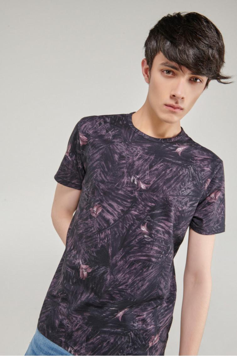 Camiseta cuello redondo, manga corta estampada