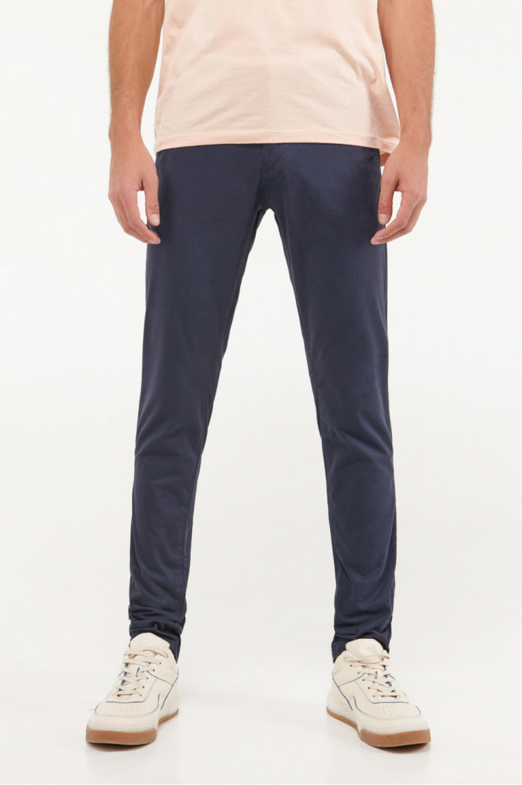 Pantalon super slim unicolor