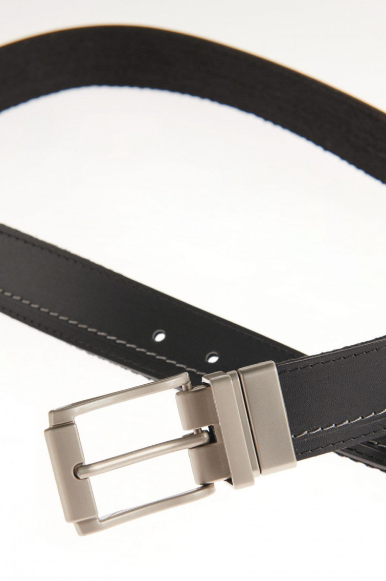 Cinturon unicolor negro - reversible hebilla metalica