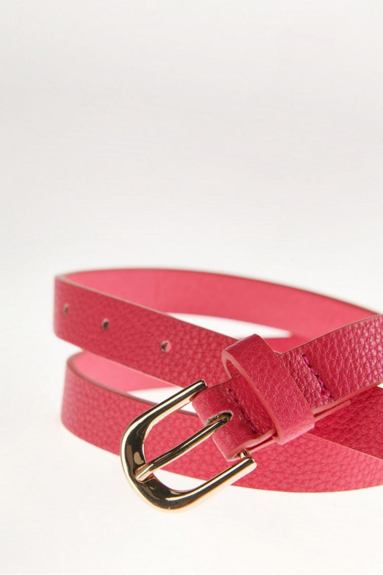 Cinturon con doble pasador.