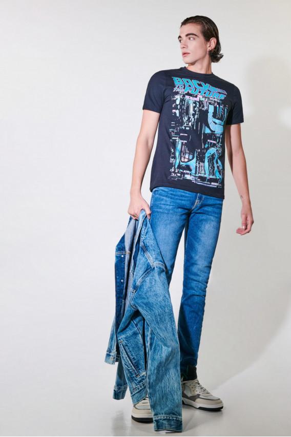 Camiseta manga corta estampado frente Volver al futuro.