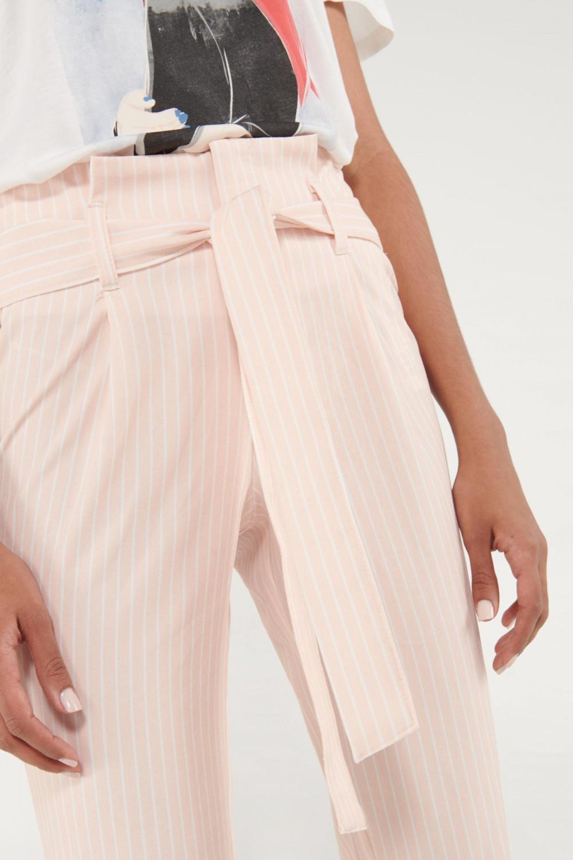 Pantalón paperbag cinturon