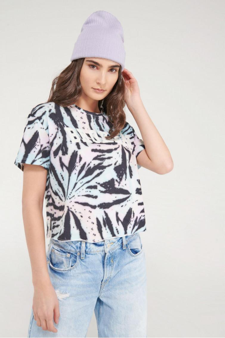 Camiseta manga corta y cuello redondo con estampado floral