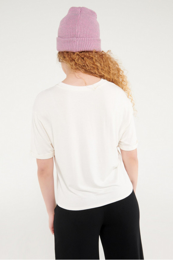 Camiseta manga corta con anudado en frente