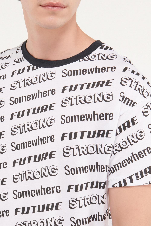 Camiseta manga corta estampado frente espalda y mangas