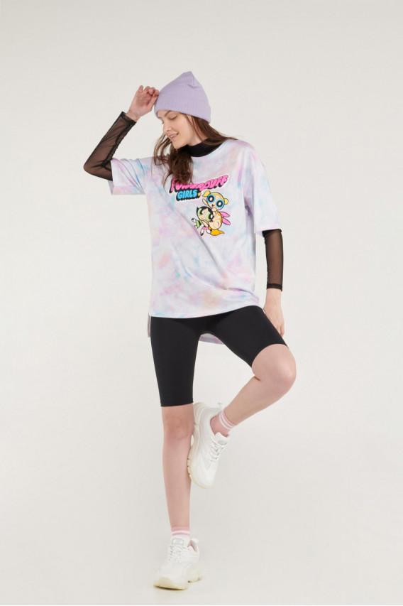 Camiseta manga corta, con estampado en frente, tela tie dye.