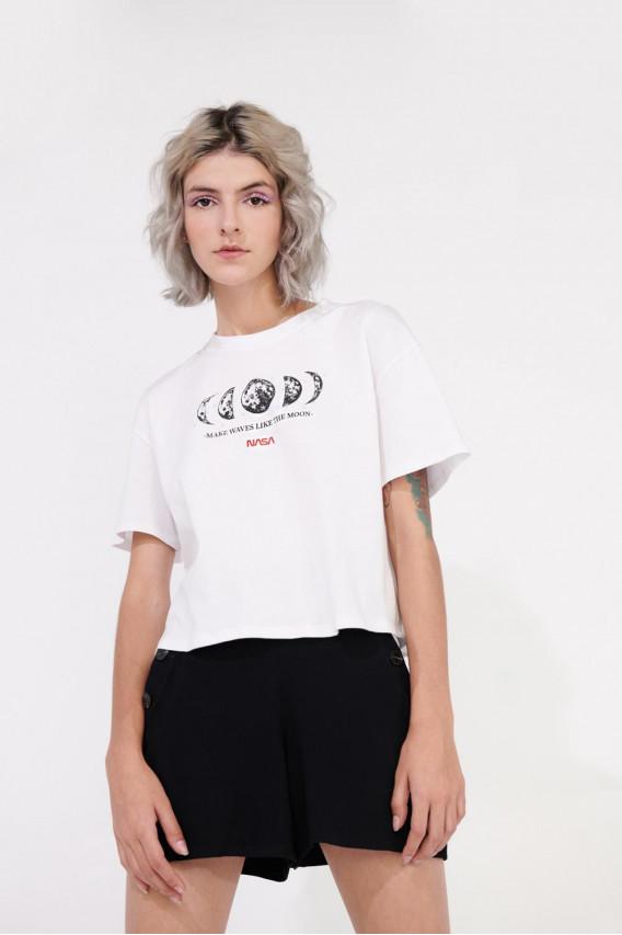 Camiseta manga corta con estampado en frente Nasa.