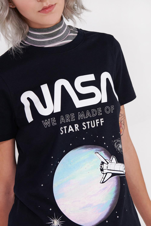 Camiseta manga corta de NASA.