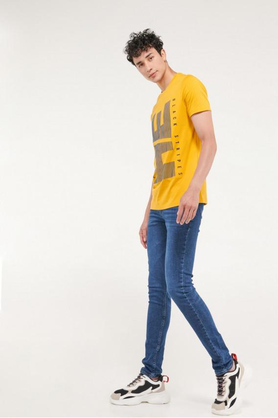Camiseta básica manga corta con estampado