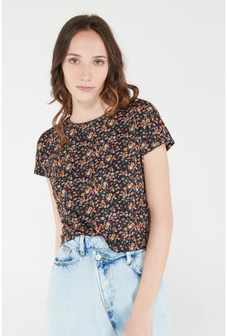 Camiseta para mujer con estampado digital.