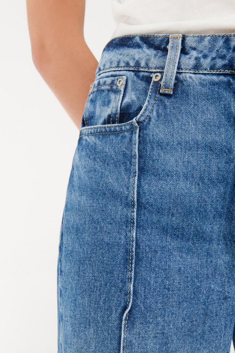 Jean culotte 5 corte en frente