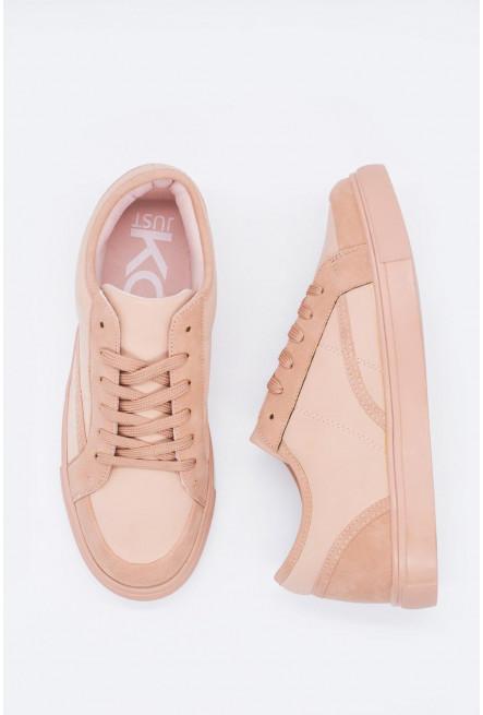 Zapato unicolor básico