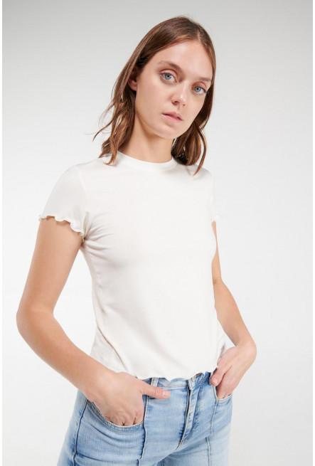 Camiseta, manga corta, cuello redondo, unicolor.